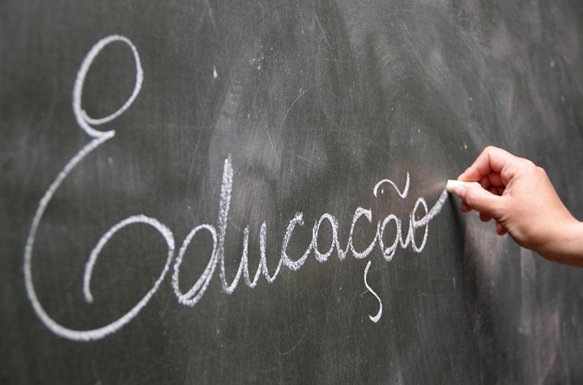 EDUCAÇÃO-PIMENTEL